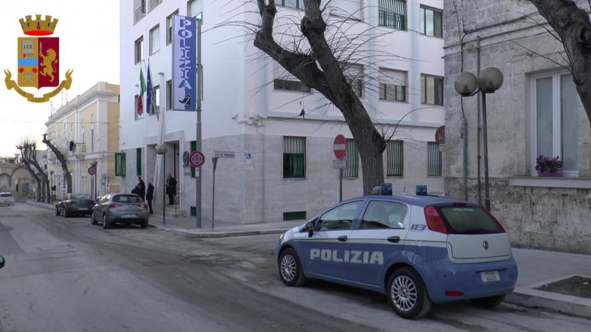 Dipendente accusato di aver indebitamente intascato somme spettanti al Comune per oltre 50 mila euro