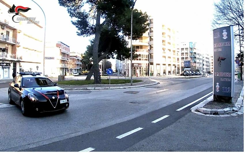 Blitz antiprostituzione dei carabinieri. Individuato sodalizio criminale italo-cinese. Arrestato anche un 69enne di Bernalda