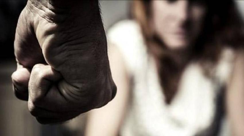 Picchia la compagna alla presenza del figlio, cittadino materano arrestato dalla Polizia