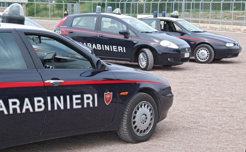 Controlli dei carabinieri: denunciati in 6. Sanzionate 3 persone per non aver indossato la mascherina