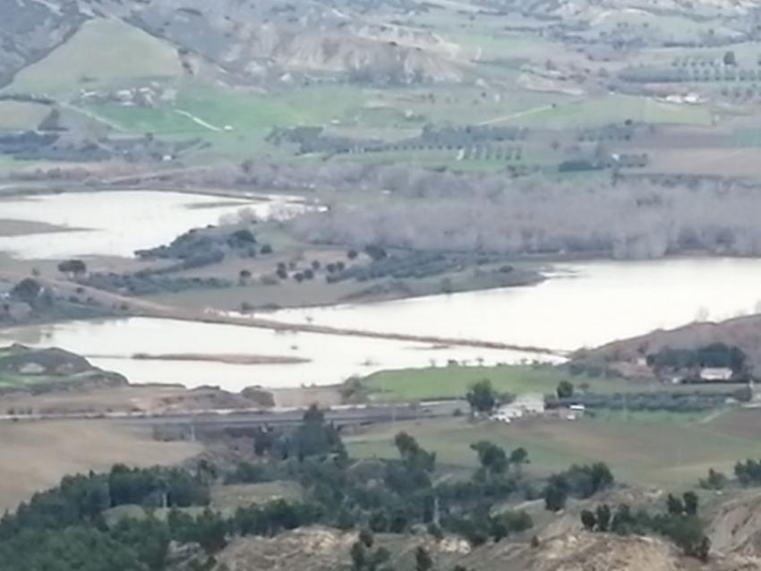 Come spesso accade straripa nuovamente il fiume Basento