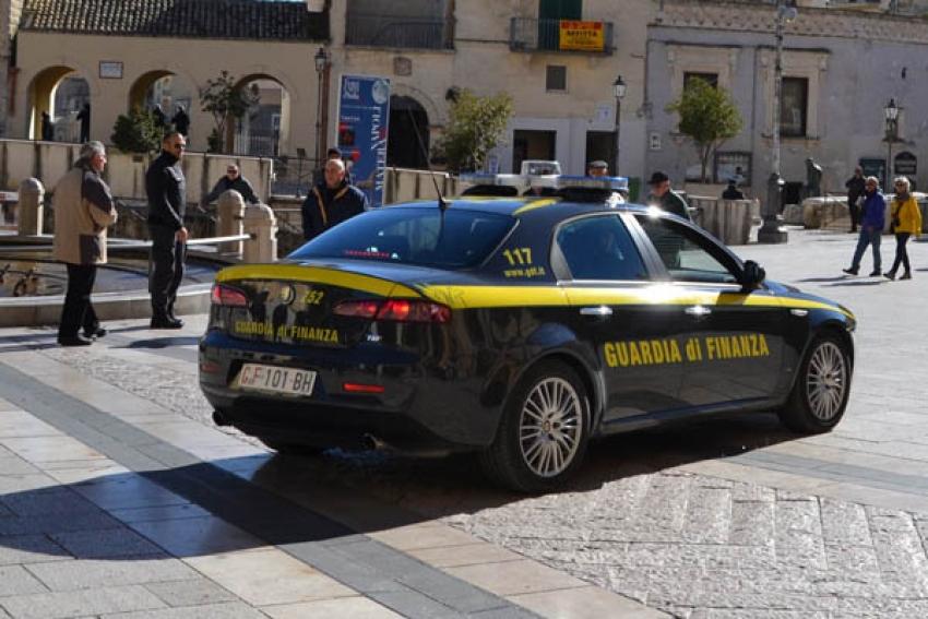 Guardia di Finanza: emesse 11 ordinanze di custodia cautelare ed effettuato il sequestro preventivo di oltre 4,5 milioni  di euro