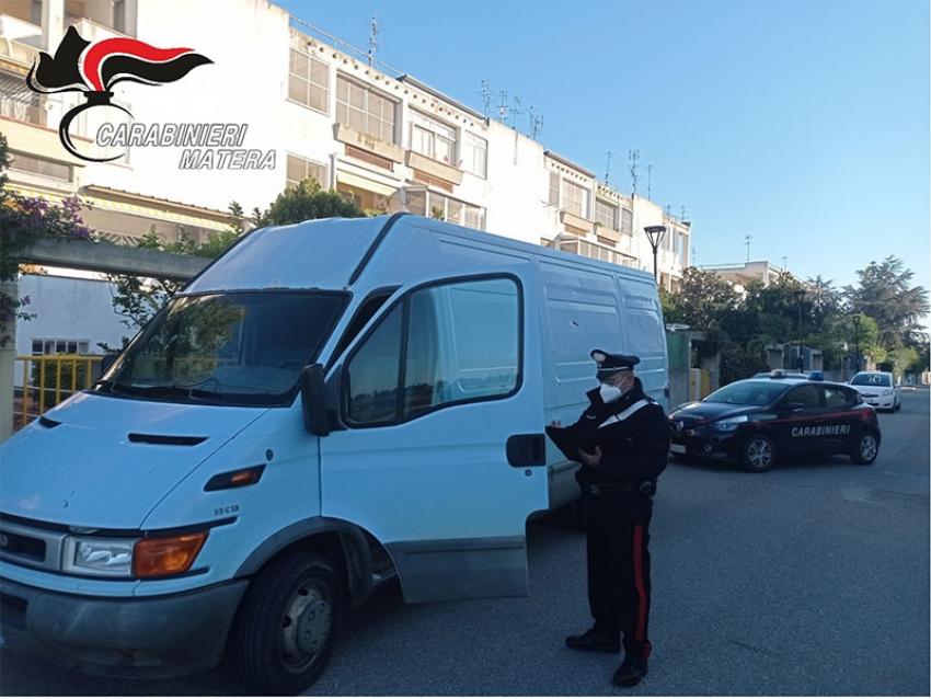 Carabinieri di Pisticci arrestano due 28enni per aver rubato un furgone