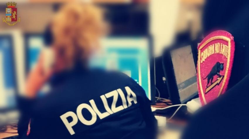 La Polizia arresta donna per maltrattamenti in famiglia