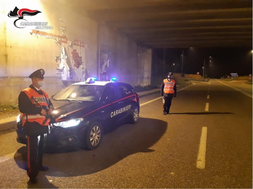 2 arresti, 2 denunce e 3 segnalazioni amministrative nel corso dei servizi di controllo del territorio dei Carabinieri di Pisticci