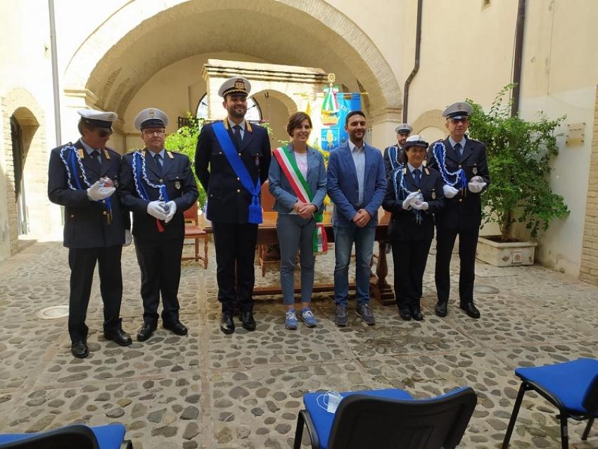 Conferiti nuovi gradi ad agenti del Corpo di Polizia Locale di Pisticci