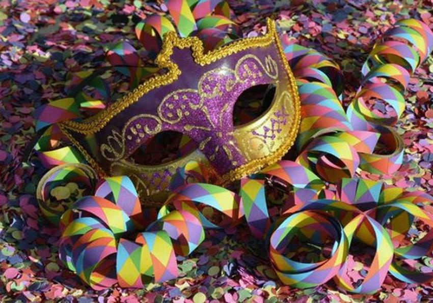 La Nostra Storia: quei mitici Carnevali pisticcesi di tanti anni fa