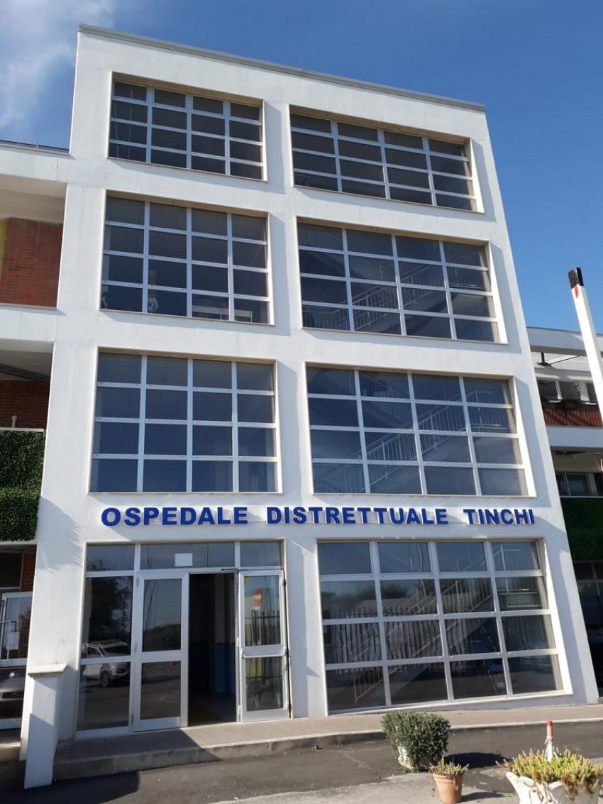 Nuovi poliambulatori inaugurati a Tinchi. Le reazioni